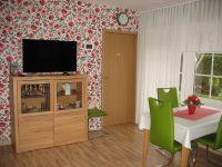 Wohnzimmer-mit-TV